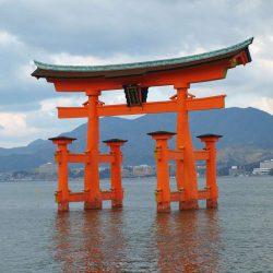安芸の宮島、厳島神社